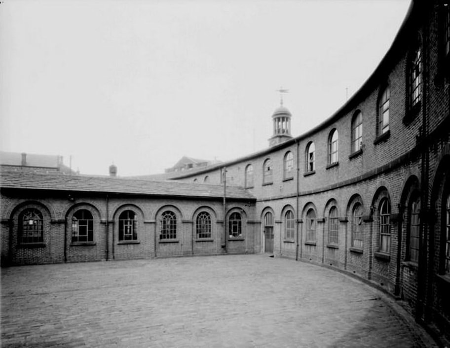 Old picture of the Cloth Hall, Huddersfield, now demolished